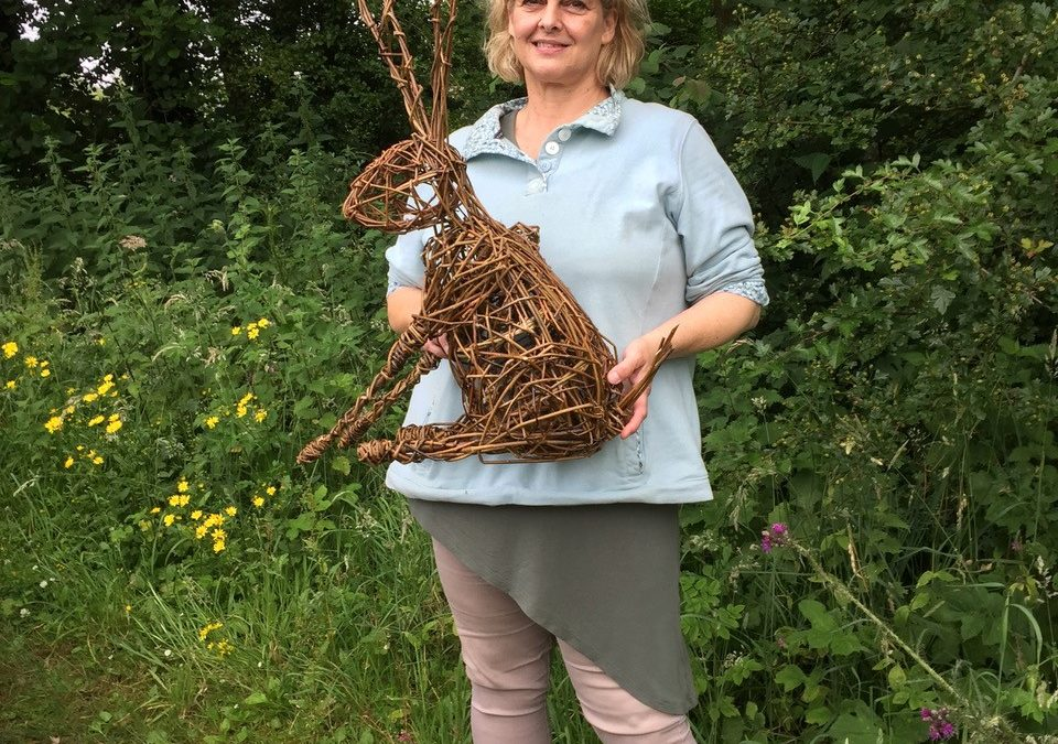 Willow Hare Garden Sculpture Workshop